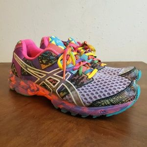 ASICS Gel-Noosa Tri 8 Running Shoes!